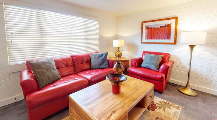 Pets Welcome in this Cheerful Downtown Condo! - Purple Sage Flats #1