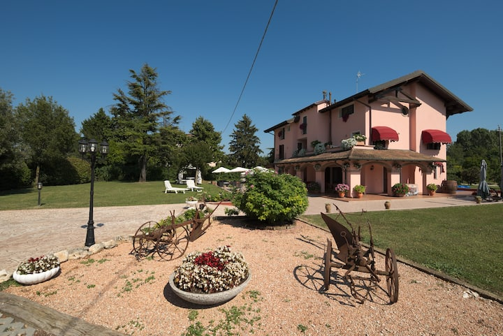 Villa aiTigli Room 2 with bathroom: up to 5 Pax