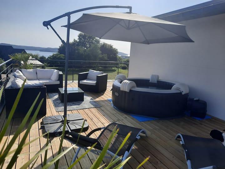 Chambre d'hôte étage privatif terrasse vue mer Spa