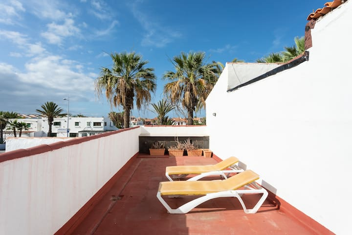 Rustic Canarian house 3 mins from sea + WiFi