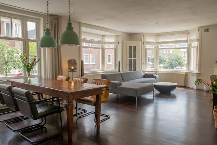 Beautiful apartment @ Rivierenbuurt close to RAI