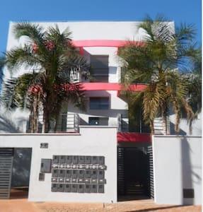 Apartamento inteiro - próximo à UFG (Apto 22)