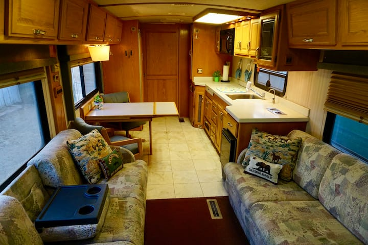 Luxury Motorhome Living
