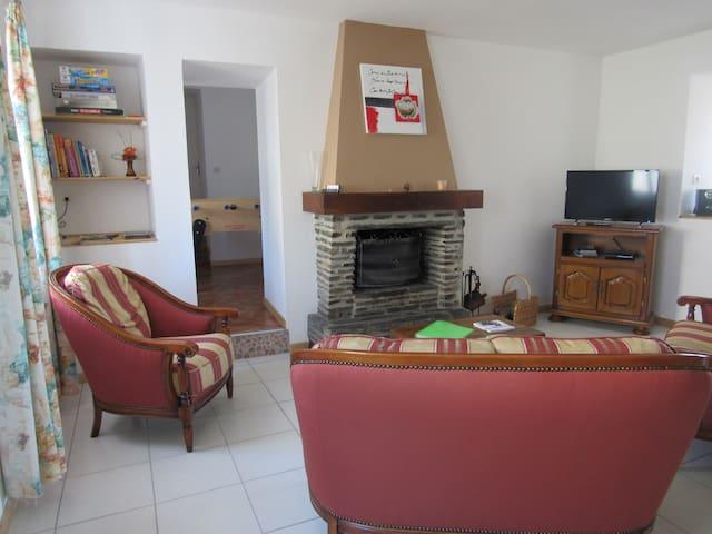 Gîte Hameau du mont - Montgardon - Dom