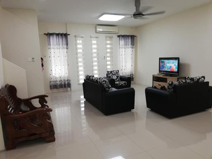 Michelle Matang Home stay