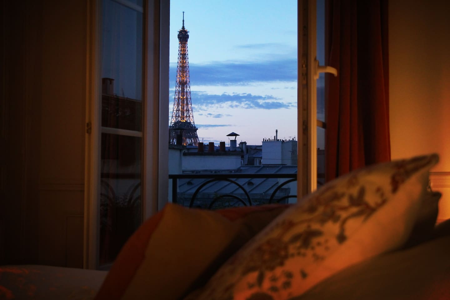 Vue du lit/View from the bed