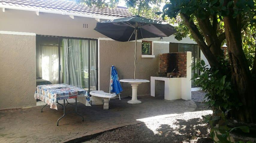 GREAT Garden Cottage