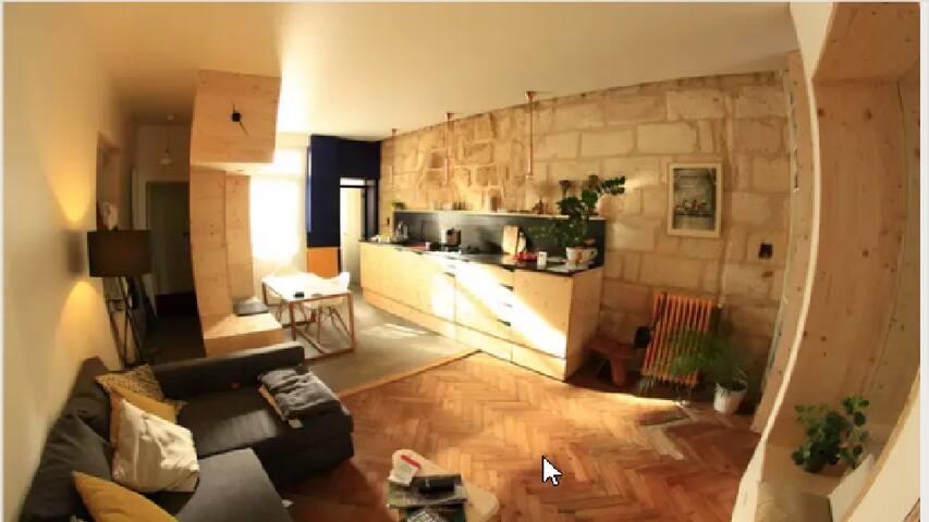 Appartement d'architecte avec jardin