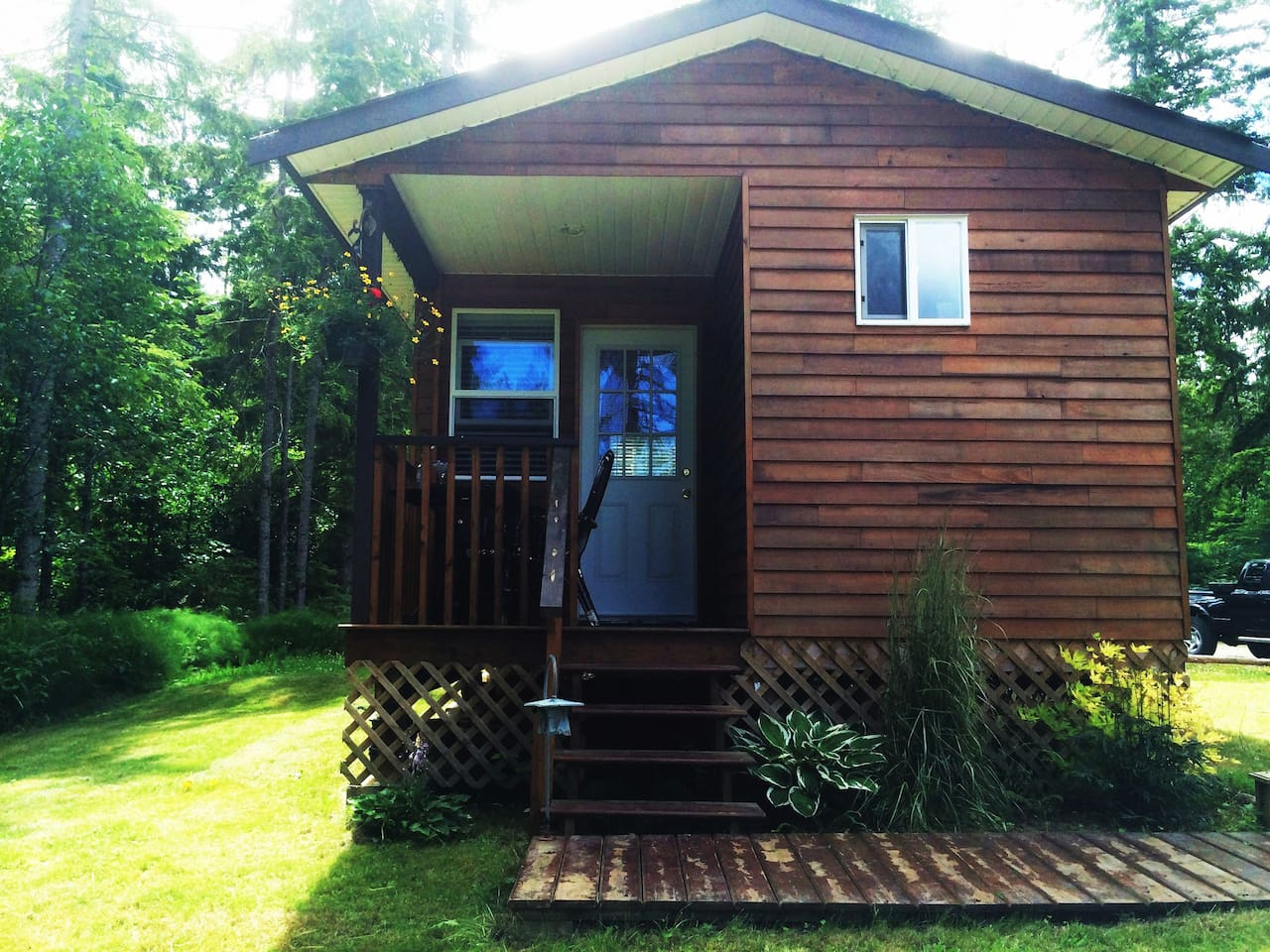 A private and peaceful cottage  to call home while you visit Vancouver Island