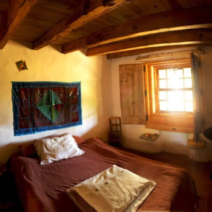 Cozy Room in an Organic Farm house