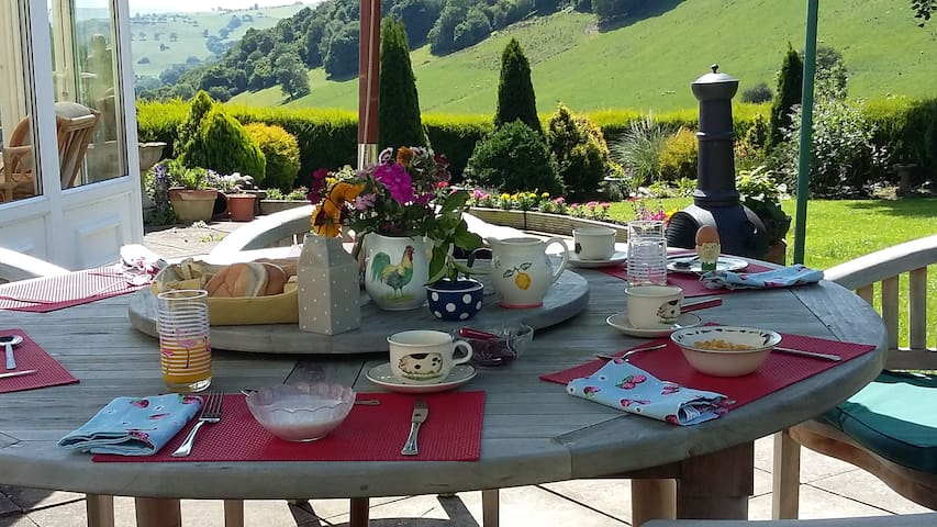 Llanerch bed and breakfast