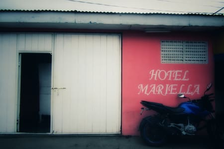 Hostal Mariella