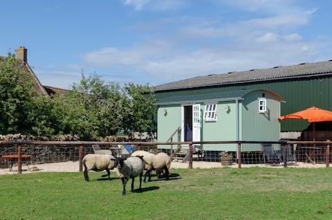Herdershut op Cotswold Farm in de buurt van Castle Combe