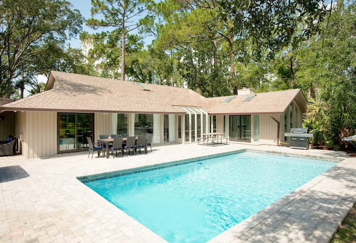 Luxe All-Suite Sea Pines Home w/ Pool & Hot Tub!