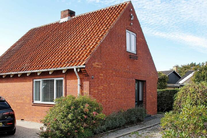 Comfortable Holiday Home in Lolland near Sea