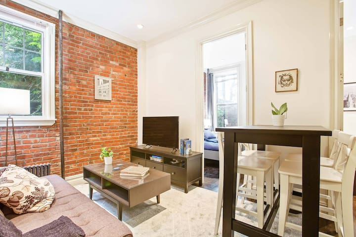 Perfectly located, well designed 4BR 2BA flat