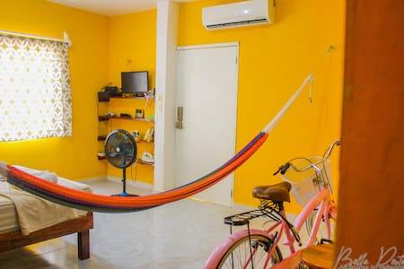 (((BEAUTY HOUSE SISAL/WIFI/AC/BIKES FREE/NETFLIX))