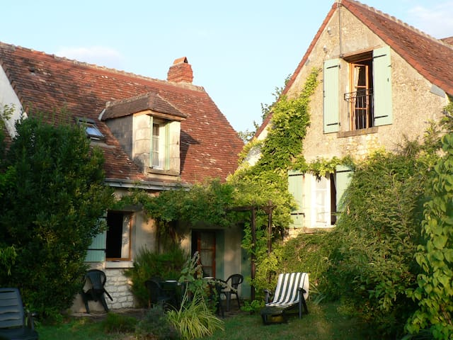 Peaceful rural cottage - Chaumussay - House