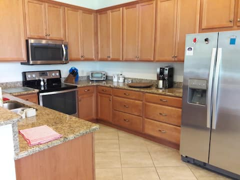 55 & up-GREAT amenities (Also Golf, Disney nearby)