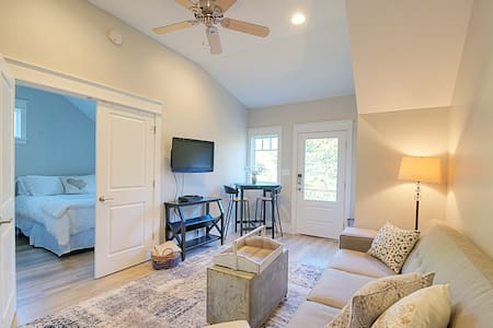 Charming Carriage House in Historic Roswell - Roswell