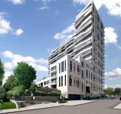 Beautiful apartment in Europaallee, near int.Fair