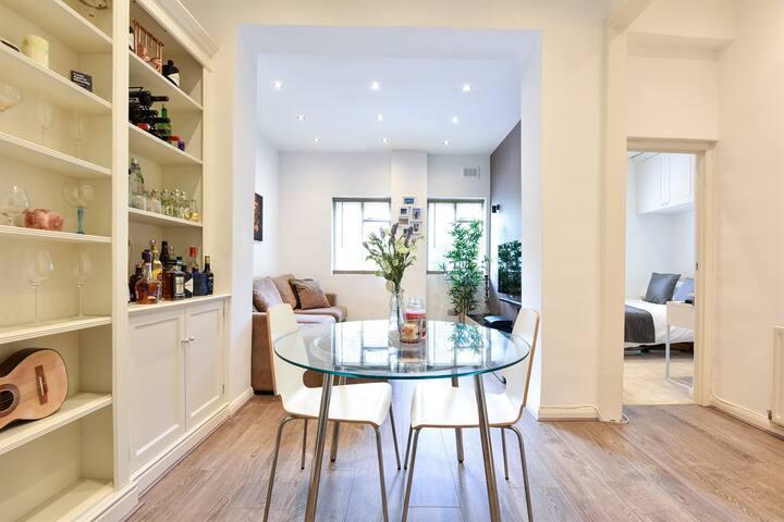 Beautiful & Stylish Apartment in Clapham