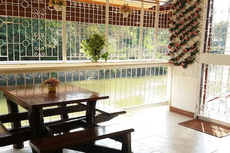 Double room with terrace by the river & free bike - Phra Nakhon Si Ayutthaya