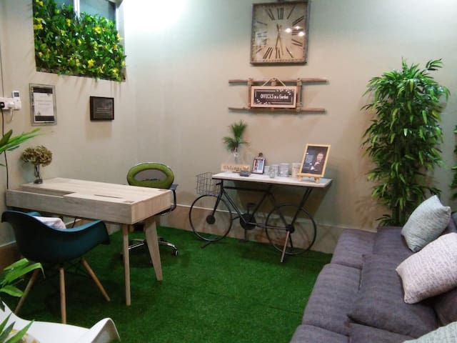 Co-Working + Co.Living (Combo)