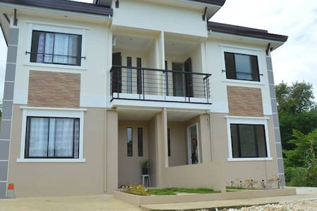 Brand new budget Duplex Apartment Bantayan Unit 1 - Bantayan - Apartmen