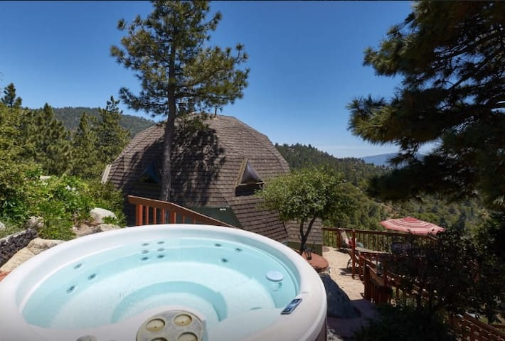 Our Amazing Dome with Spa/Views - Idyllwild-Pine Cove - Hus