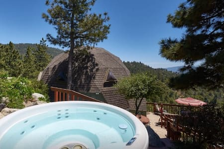Our Amazing Dome with Spa/Views - Idyllwild-Pine Cove - Dům