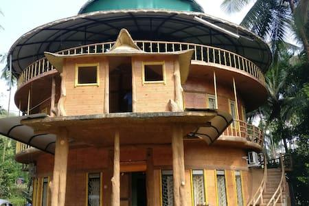Lalrachan Homestay - House