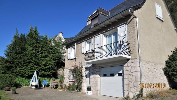 Maison Auvergnate 100m² Vic-sur-cere Cantal