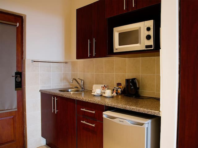 Tuscan Style Hotel Apartment, KZN, South Coast