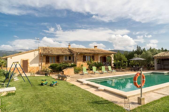 Finca Son Garreta with pool an lovely garden near Campanet Mallorca