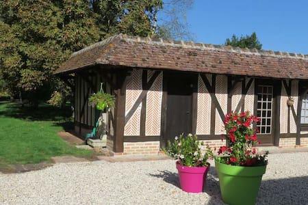 """Maisonnette """"Le Marronnier"""" - Souvigny-en-Sologne"""