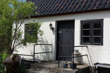 Anneks med hems - Næstved - Blockhütte