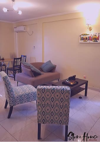 Stone House 2 (Makepe) - cosy 2 bed & 2 bath rooms