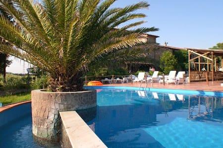 Agriturismo con piscina Pane&Vino 2 - Rosignano marittimo - Wohnung