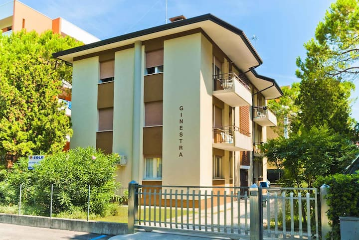 apartment for 4+1 persons in Bibione R25716