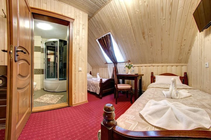 Private room in the heart of Bukovel
