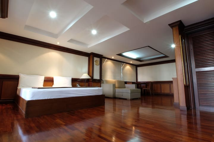 Large Suite (3 beds) near Khaosan/Downtown BKK #V - Bangkok - Huoneisto