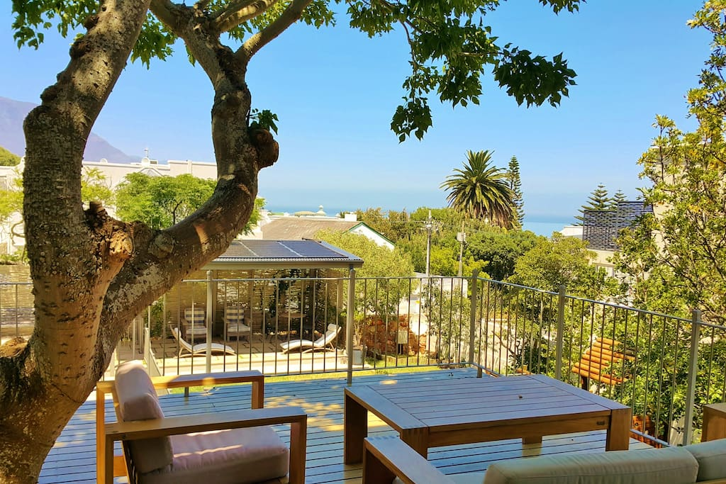 Coral Tree Deck overlooking Camps Bay Beach and Sea