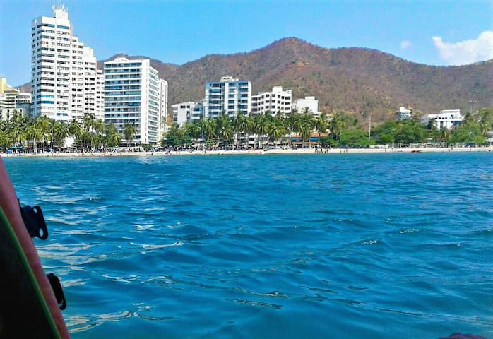 RODADERO Beach WiFi Pools GREAT LOCATION - Santa Marta