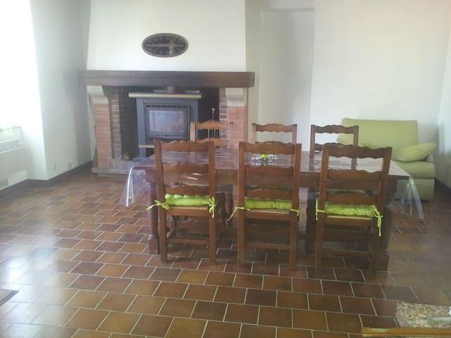 Maison au calme - Savigny-en-Sancerre - บ้าน