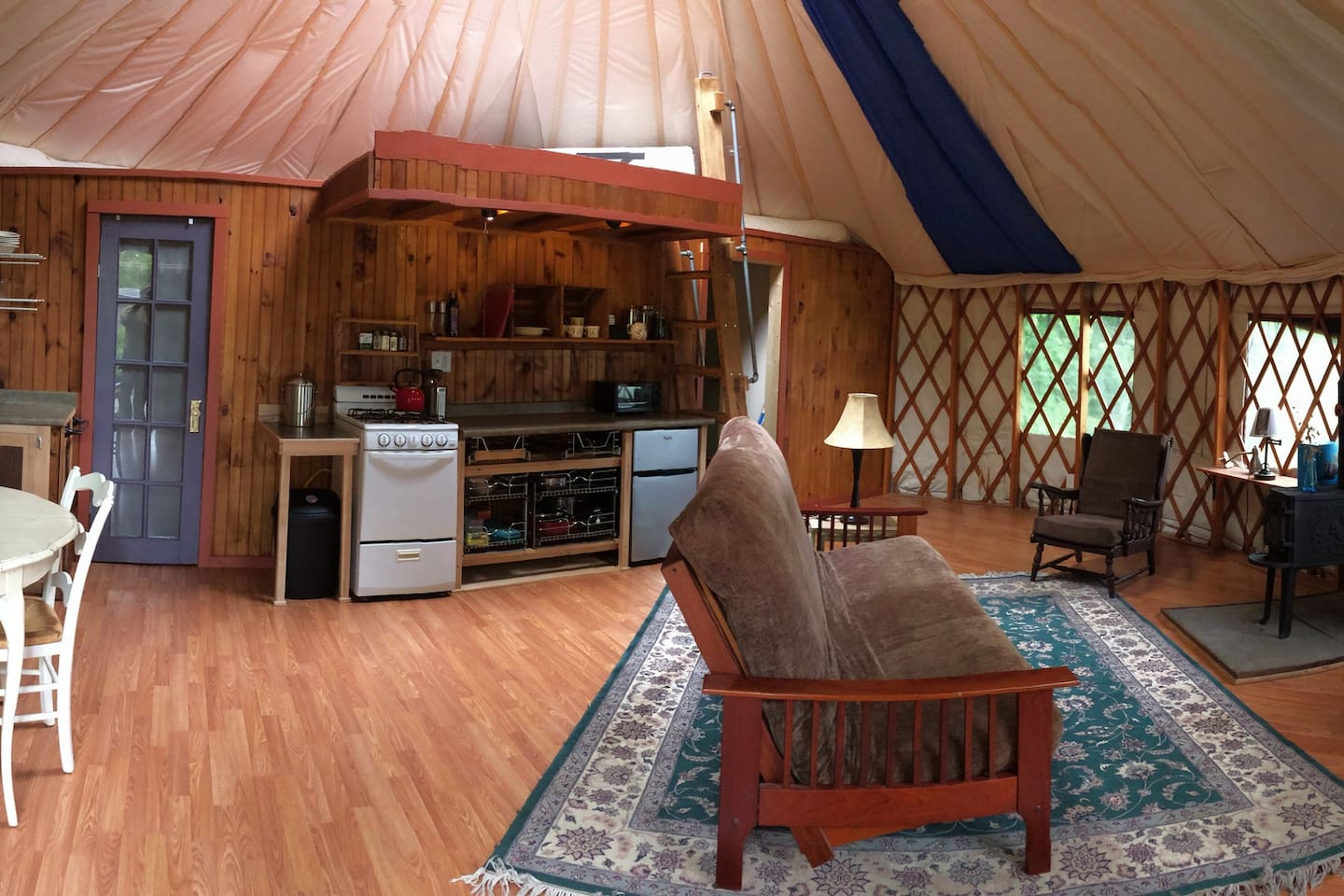 Table, kitchen, queen futon, loft w/queen bed, wood stove (available May, September and October)