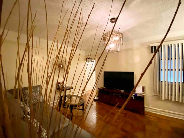 Clean Home Away From Home In NYC! Uptown Manhattan