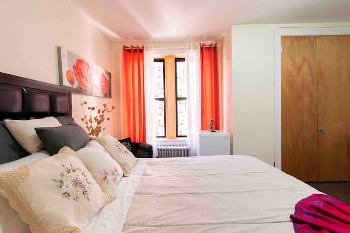 Sunny and Private Room close to Manhattan!!!