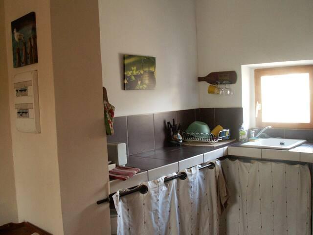 Gîte de la Jument Rousse - lagrasse - Appartement