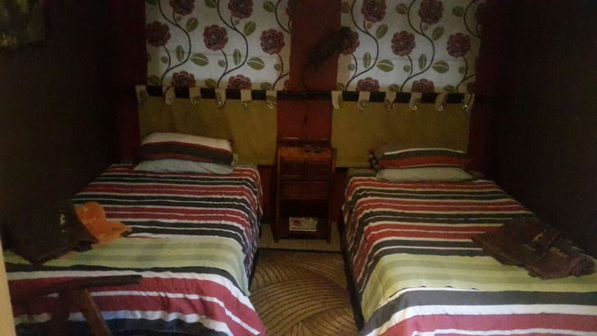 Affordable private and comfortable accommodation - Centurion - Byt